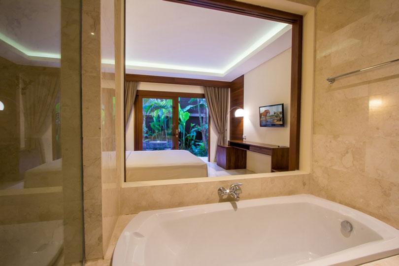 bathroom-deluxe-room-5