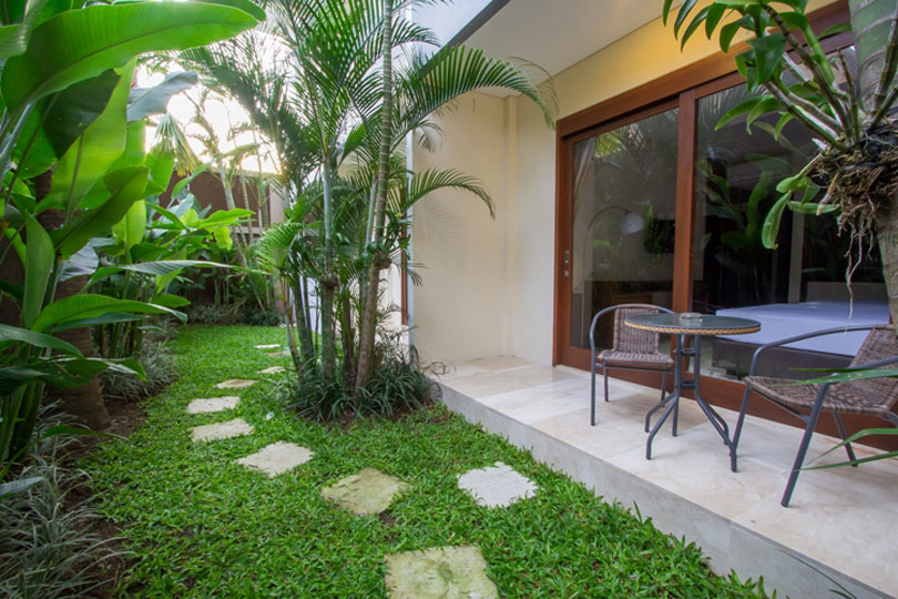 2-bedroom-seminyak-family-room-1