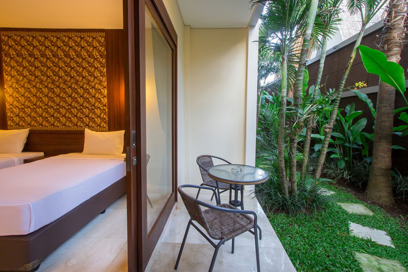 2-bedroom-seminyak-family-room-5